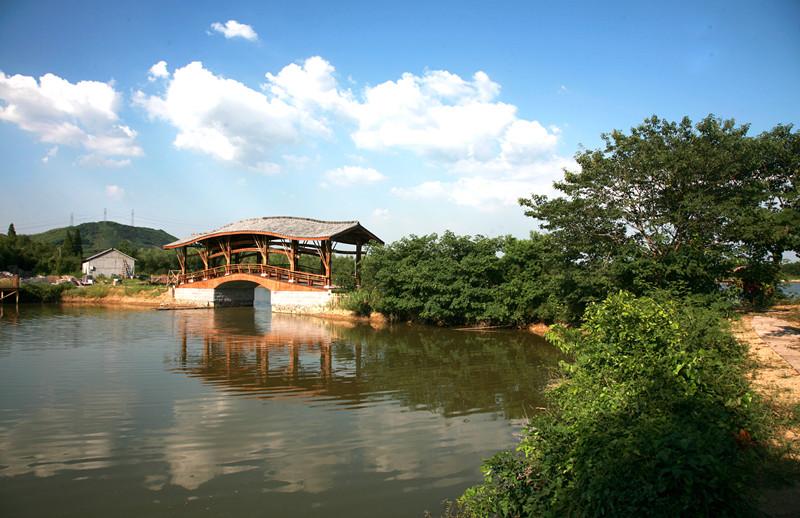 小古城村位于杭州市余杭区径山镇东北部,是国家级行政村,生态村